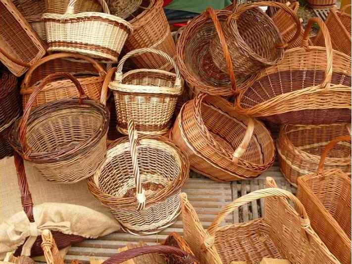 Consejos para hacer una cesta de navidad for Fabrica de canastas de mimbre