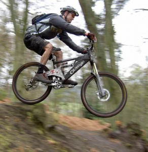 Mountain-bike-jump