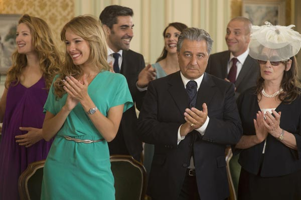 """Crítica de """"Dios mío, ¿pero qué te hemos hecho?"""", comedia francesa para reír"""