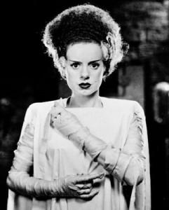 """Elsa Lanchester como """"la novia"""" - Imagen by Universal Pictures"""