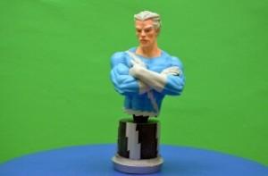 Imagen del superhéroe de Marvel, Quick Silver en figura de resina - Regalos para niños y coleccionistas