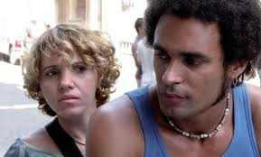 Yailene Sierra (Caridad) y Alberto Yoel (Ruy) - Imagen by Warner Bros