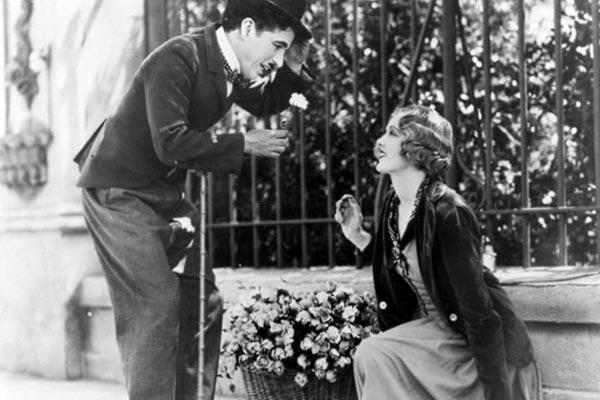 """""""Luces de la ciudad"""", uno de los grandes títulos de Charles Chaplin"""