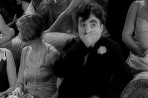 """Dónde comprar el clásico de Chaplin """"luces de la ciudad"""""""