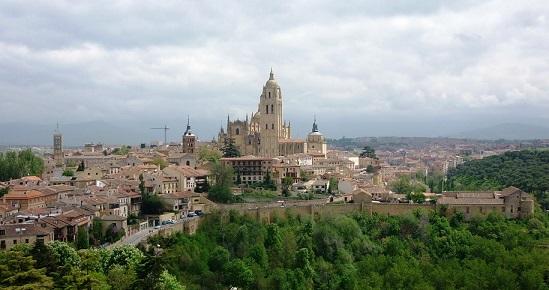 Segovia, una ciudad para viajar por la historia de España