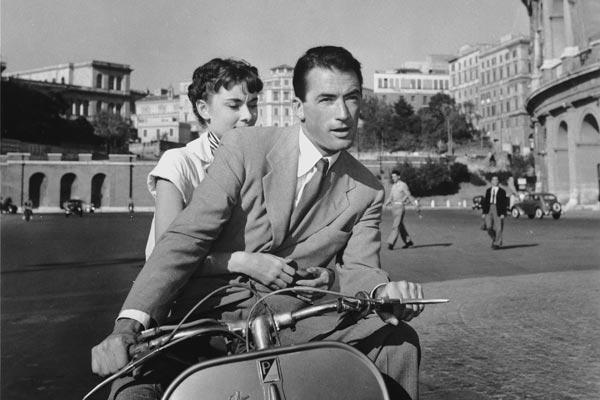 """""""Vacaciones en Roma"""", un clásico de la comedia con Audrey Hepburn"""