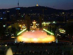 Foto de la Fuente Mágica frente a Montjuic en Barcelona