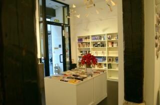 Libros y encanto en la librería Bubok de Madrid. Foto Agencia Febus.