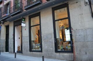 La fachada de la librería Bubok de Madrid, calle Belén 13. Foto Agencia Febus.