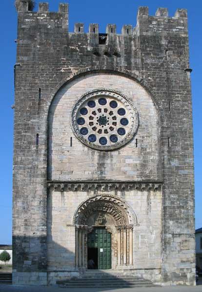 Portomarín, joya románica del Camino de Santiago