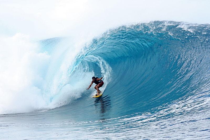 Surf en las playas de la Costa Vasca: cómo practicar surf