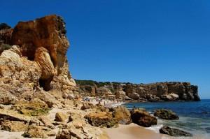 Playa de la Coelha, Albufeira: junto con Arrifes, Evaristo y Castelo es una de la mejores playas rocosas para inmersiones en Algarve- Alexandre Albuquerque