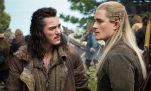 """Imagen de la película """"El hobbit: La batalla de los cinco ejércitos"""": escena con Legolas / Orlando Bloom"""