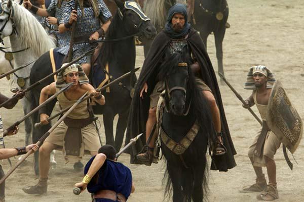 """Crítica de """"Exodus: Dioses y reyes"""", con Christian Bale"""