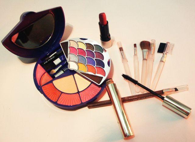 Maquillaje: guía y productos básicos paso a paso para cara, ojos y labios