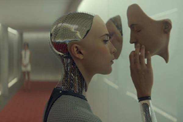 "Crítica de ""Ex Machina"", de Alex Garland"