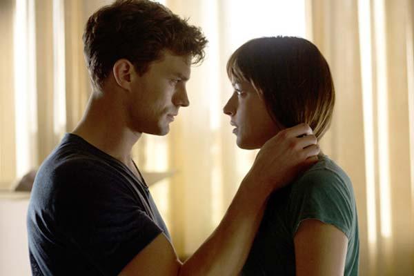 """Crítica de la película """"Cincuenta sombras de Grey"""", con Dakota Johnson y Jamie Dornan"""