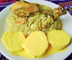 Arroz con pollo peruano y papas, recetas peruana