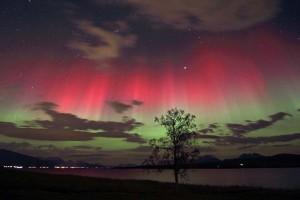 Las auroras boreales pueden verse en países de latitudes altas, como Noruega - cc-by-sa Frank Olsen