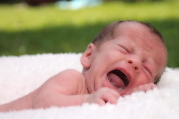 Crisis de los 3 meses en bebés, ¿por qué se produce esta crisis de lactancia?