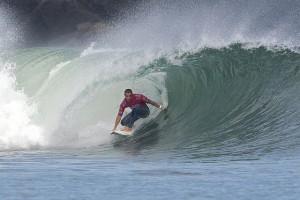 Numerosas playas en España permiten que se practique surf