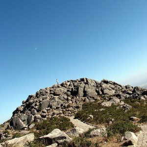Foia, techo de el Algarve con vías de escalada de iniciación - Glen Bowman