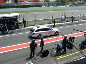 Alonso regresa a Montmeló tras su accidente de pretemperada del Mundial de F1 2015