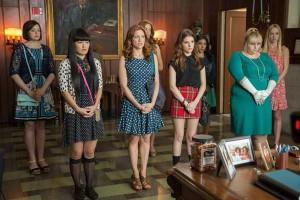 """Imagen de """"Dando la nota"""" con las actrices  Anna Kendrick, Rebel Wilson, Brittany Snow y Hailee Steinfeld."""