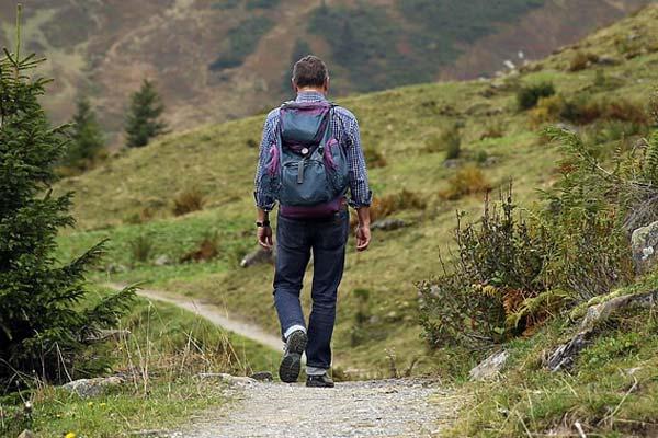Material básico para rutas de un día de senderismo