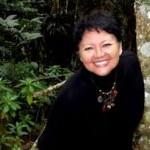 """La autora de """" La Búsqueda """" Blanca Miosi posando en la imagen."""