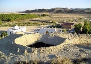 Hotel Cueva en el Desierto de Los Monegros (Aragón)