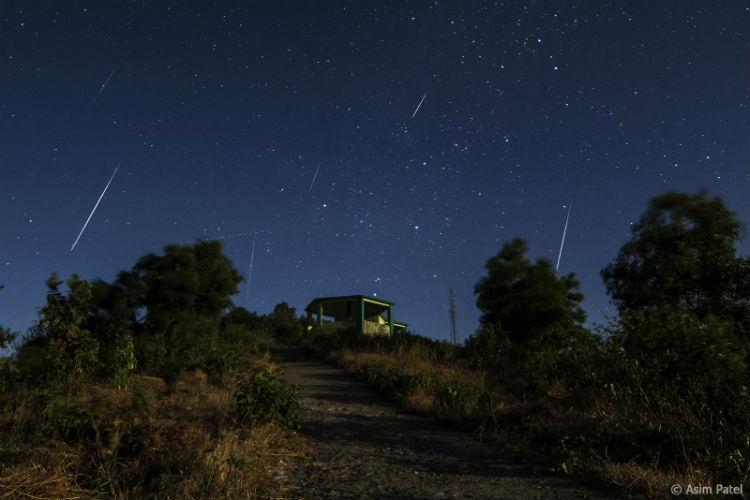 Científicos japoneses crearán lluvias artificiales de meteoritos