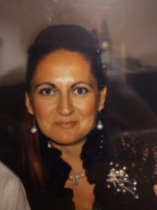 """En la foto, María Vega psicoterapeuta y autora del libro """"Volver a creer""""."""