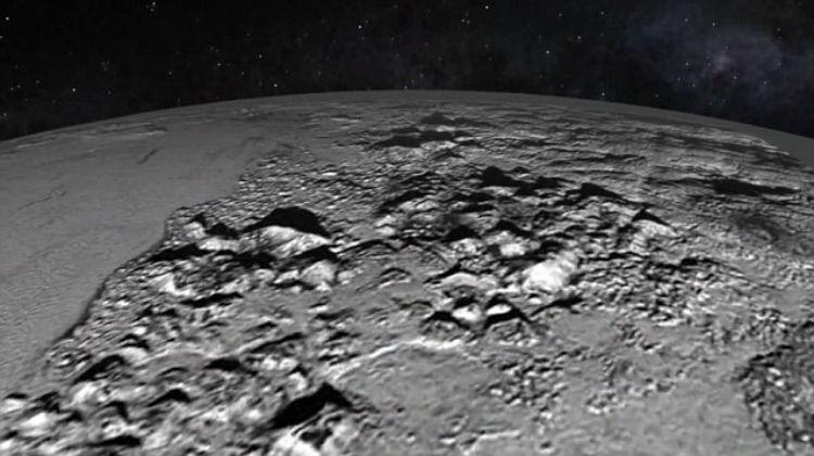 """Descubren helada planicie en el """"corazón"""" de Plutón"""