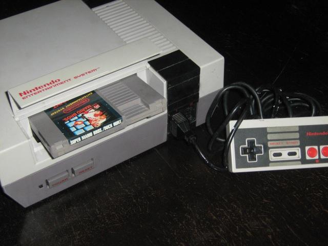 Super Mario Bros: El famoso fontanero de Nintendo cumple treinta años