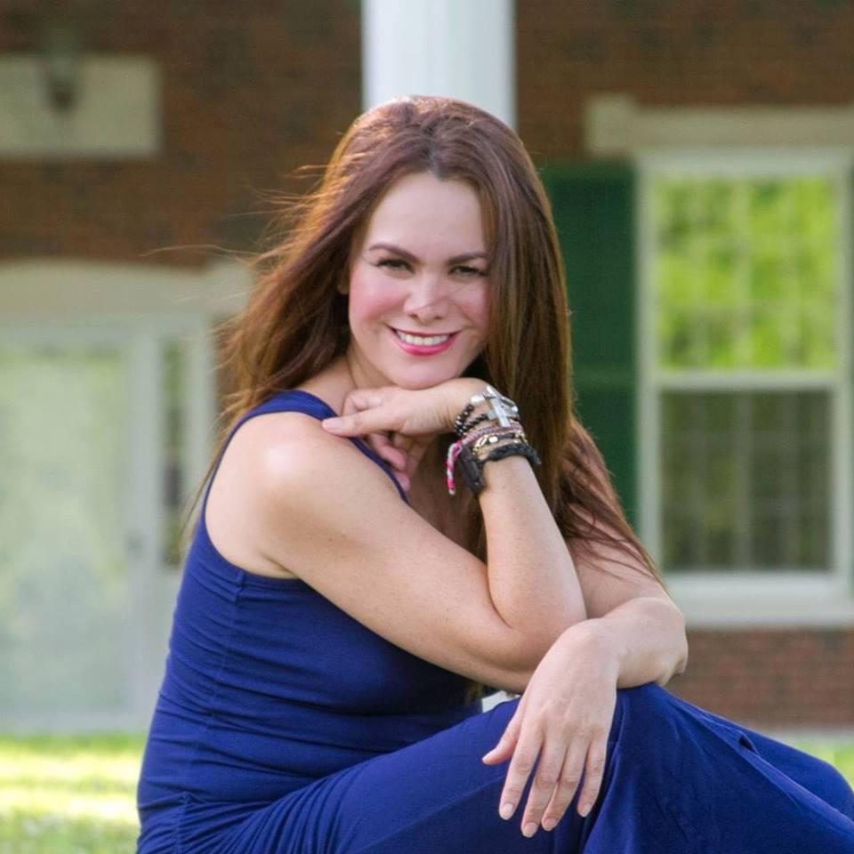 Entrevista a Sandra Velarde, psicóloga clínica que nos descubre la realidad herida.