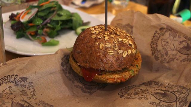 5 hamburguesas saludables que no llevan carne