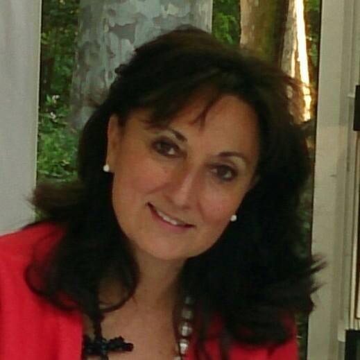 Entrevista a la escritora María del Carmen Aranda