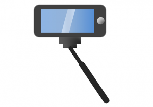 selfie-stick-911852_640