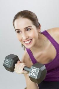 Chica haciendo deporte/sujetadores deportivos