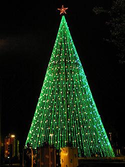 rbol de navidad en plaza espaa de crdoba argentina - Arboles De Navidad