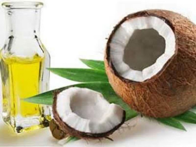 Aceite de coco: propiedades y usos en cosmética