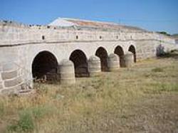 Puente romano de 5 ojos