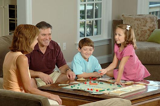 Diez motivos para regalar juegos de mesa a los niños