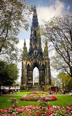 monumento walter scott4