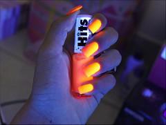 Como usar y fabricar esmaltes fluorescentes