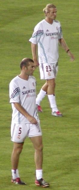 El fútbol de salón de Zinedine Zidane