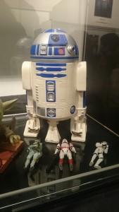 FIGURAS STAR WARS R2 D2