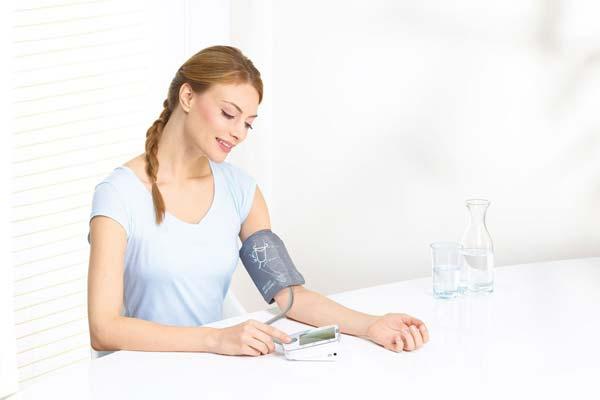 Guía para tomarse la tensión en casa sin conocimientos médicos