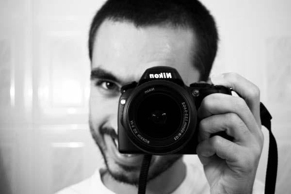 ¿Es mejor comprar una cámara réflex o una compacta digital?